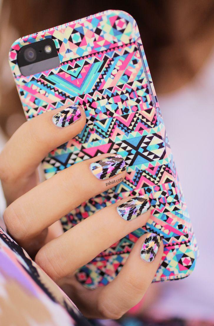Ethnic nails