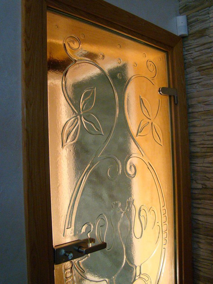 Relief z motywem kogutków z manufaktury Riwal. Fusing. Fused glass.