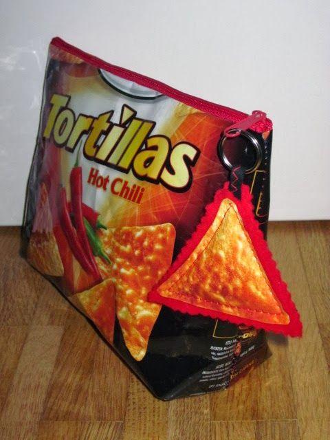 Ich muss gestehen: phasenweise habe ich einen richtigen Heißhunger auf diese Tortilla-Chips, da könnt ich ein ganzes Packerl auf einmal verd...