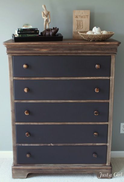 Love this - never would have thought to mix wood stain with painted drawer fronts, plus the metallic hardware = perfection!