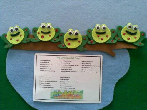♪♪felt Board Story Five Little Speckled Frogs Nursery Rhymes Teacher Resource | eBay