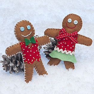 I LOVE gingerbread people! Making these this Holiday Season :)
