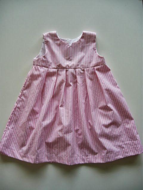 Kleid aus Herrenhemd / Dress made of men's shirt