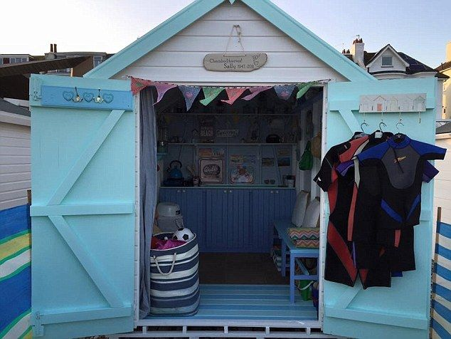 The 25+ best Beach hut interior ideas on Pinterest | Beach hut ...