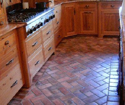 Brick pavers for kitchen floors interior spaces for Brick kitchen floor ideas