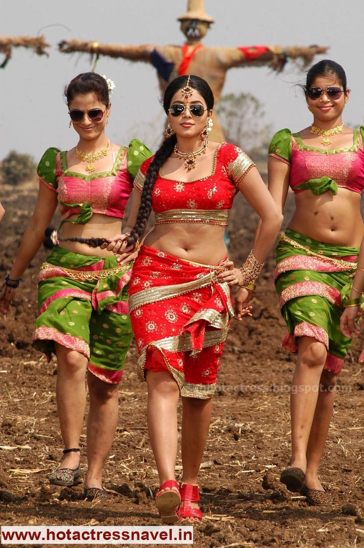 www.hotactressnavel.in - Navel, Cleavage, Thighs, Legs, Sari, Saree, India, Indian, Desi, Hot, Sexy, Belly Button, Telugu, Tamil, Malayalam, Hindi, Kannada, Movies, Actress, Bollywood, Tollywood, Hip, Waist, Poorna Navel Saree