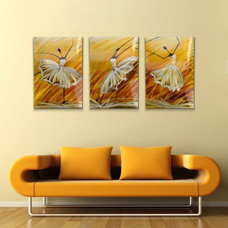 Realizat manual, din metal, format din 3 bucati, cadru din lemn, fiecare tablou este unic.  L x l: 60 x 60 cm