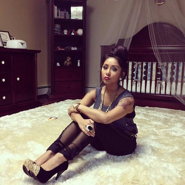 Love the style...posing in a nursery? Not so much!