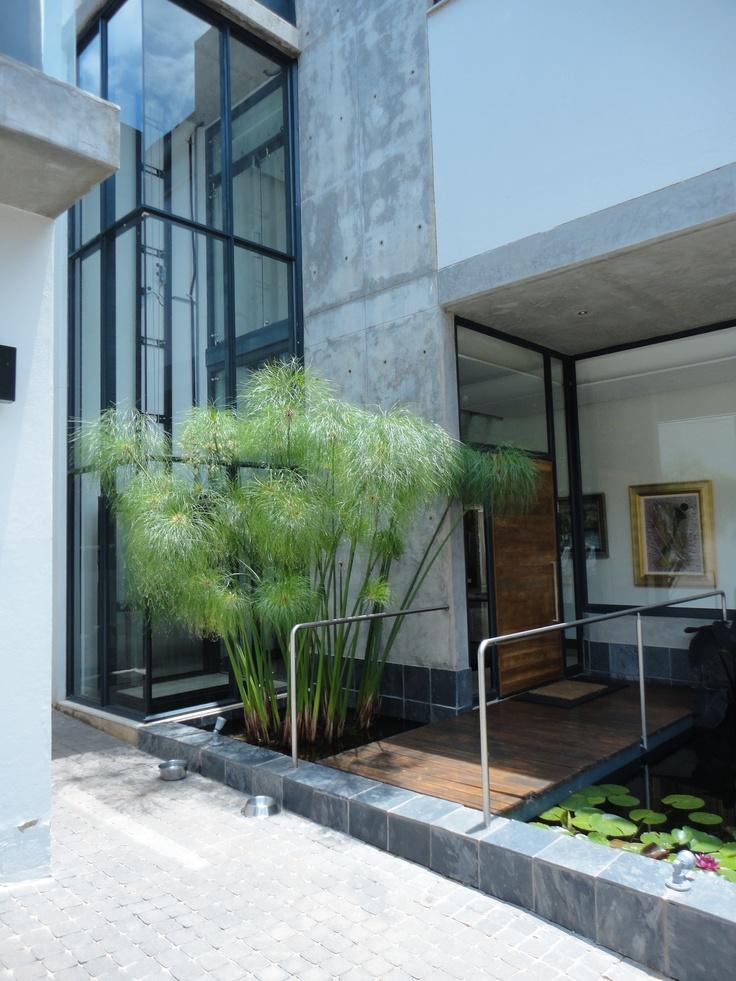 2010 - 2011 House Tucker @ Waterkloof, Pretoria - Water feature at lift shaft