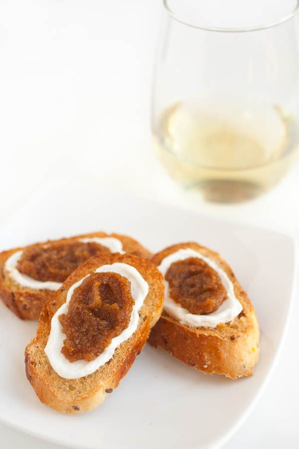 Fig and Goat Cheese Crostini - a perfect addition to a holiday ...