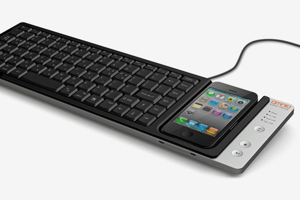 WOW-Keys iPhone Keyboard Dock by Omnio: Idea, Iphonekeyboard, Apple, Omnio Wow Keys, Wow Keys Full Siz, Iphone Dock, Mac Keyboard, Iphone Keyboard, Keyboard Dock