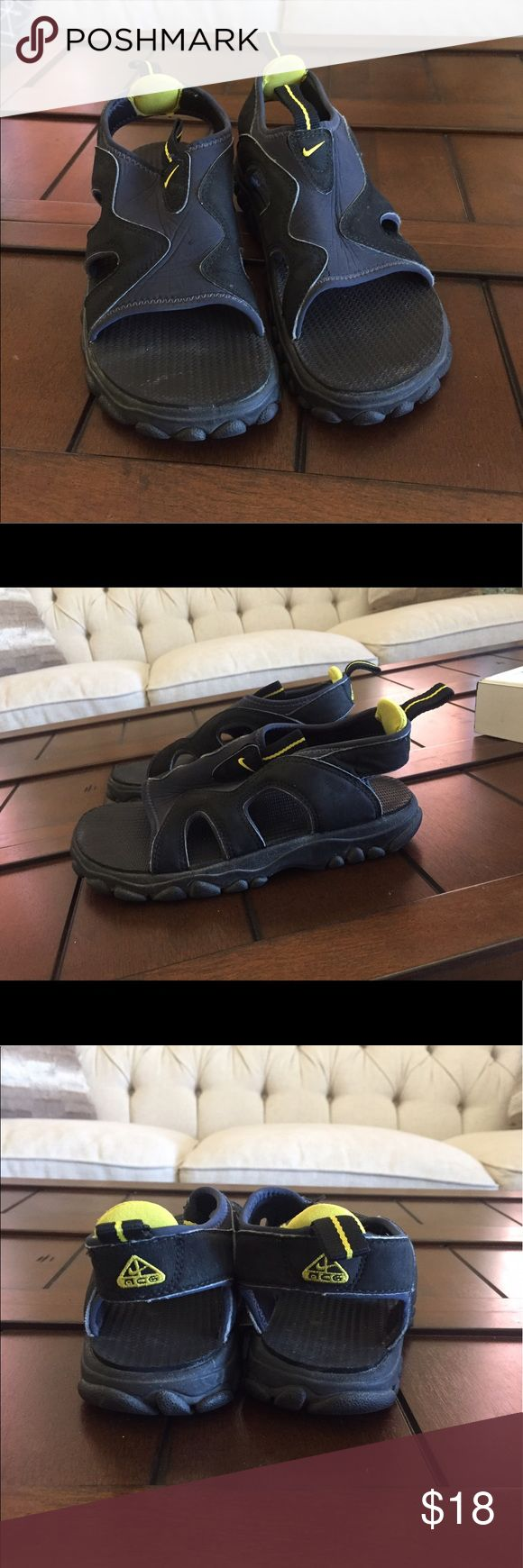Nike water shoes Size 6 but fit like a 6.5. Used but still in good condition. Nike Shoes Sandals