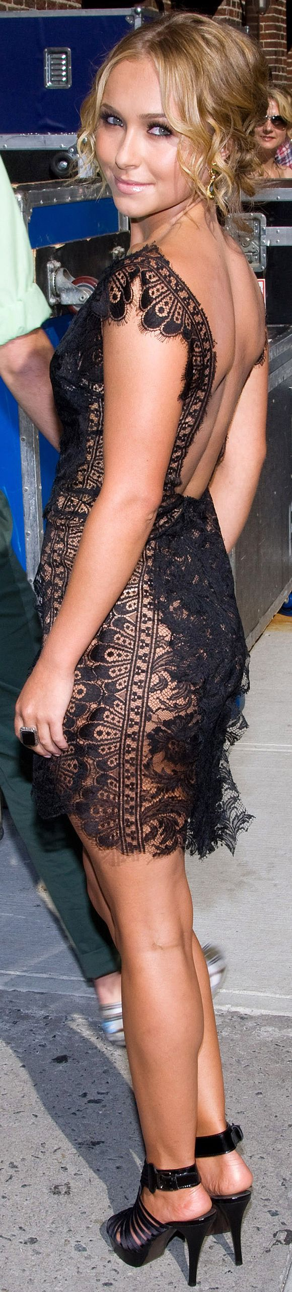 Hayden Panettiere I love her and and outfit might make it my New Year's Eve outfit this year