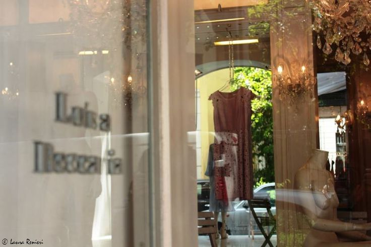 Showroom di Luisa Beccaria  via Formentini 1, Milano http://www.shoppingroutes.it/