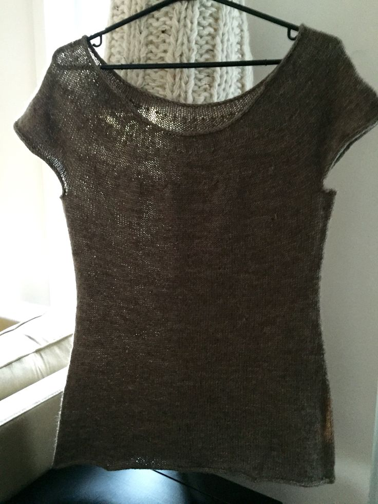 Chandail manche courte, tricoté en laine et nylon (inspiré d'un patron Purlsoho.com)