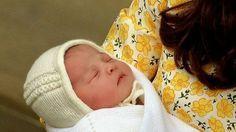 Die kleine Prinzessin Charlotte trug bei ihrer Entlassung aus der Klinik eine süße Mütze. Hier ist die Anleitung für alle, die auch eine ...