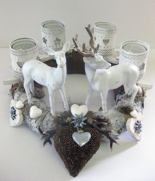 Adventskranz - Adventskranz - weißer Hirsch - ein Designerstück von kunstbedarf24 bei DaWanda