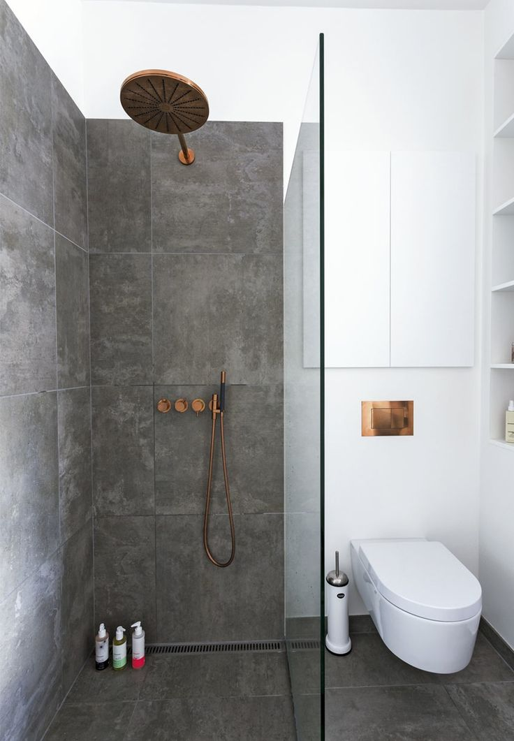 25 best ideas about minimalist showers on pinterest for Bathroom design 5m2