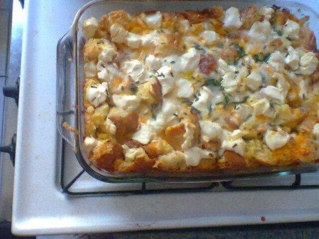 The Pioneer Woman's Sleepin In Omelette (Casserole): Onion Rolls, Eggs ...