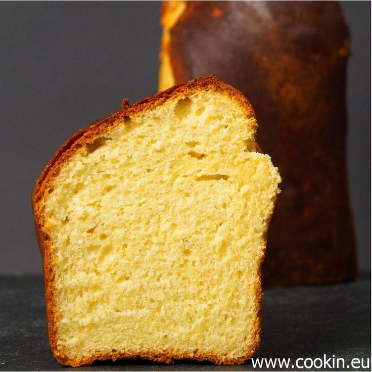 Brioche ist eine süß-reichhaltige Brot-Spezialität, die zum Frühstück so gut passt wir zur Gänseleber. Dieses Rezept ist von 3 Sterne-Koch Joachim Wissler.