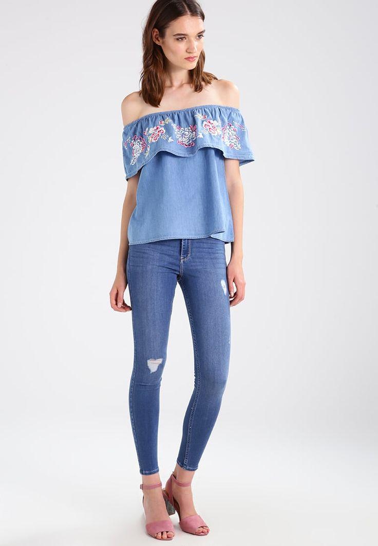 ¡Consigue este tipo de top hombros descubiertos de New Look ahora! Haz clic  para ver los detalles. Envíos gratis a toda España. New Look PENNY BARDOT  Blusa ...
