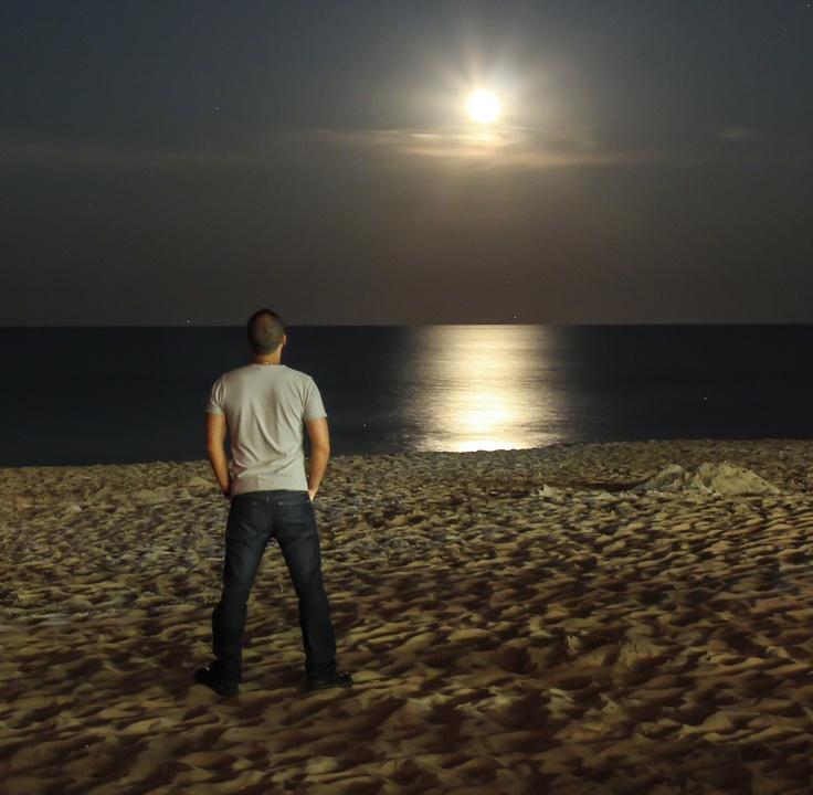 The Moon Shinies Virginia Beach, VA