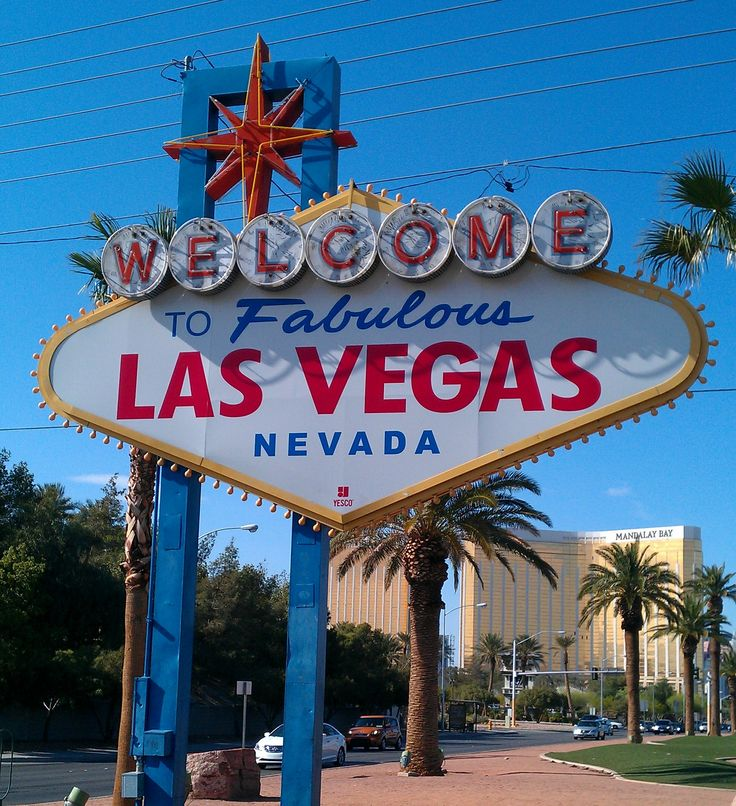 1000 images about destination las vegas on pinterest trips awesome things and the golden. Black Bedroom Furniture Sets. Home Design Ideas