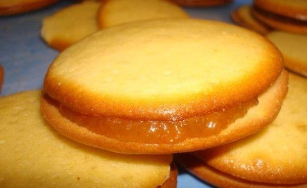 Φτιάξτε τα πιο τέλεια μπισκότα με μαρμελάδα! yammiest cookies with jam!!!!!!!!!!!!