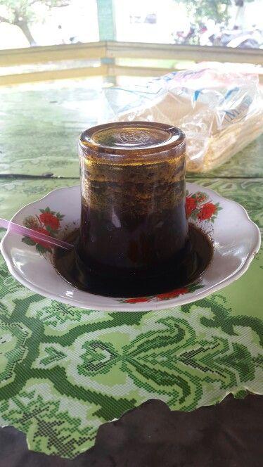 "Traditionals coffee in Meulaboh ""Kupi Khop"""