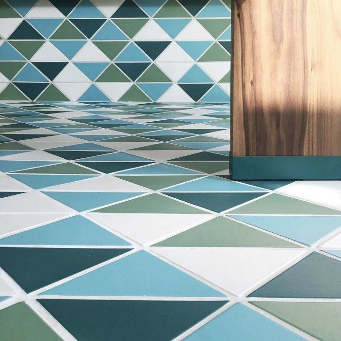 Awesome Conceived By Design Studio DUST U0026 Co., Da Kikokiko Restuarant Serves Up A  Fresh Twist On Island Style With Custom Triangle Tiles Across The Floor And  Bar.