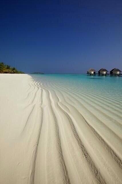 pantai kanuhura, maldives.