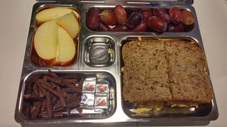 Hungry Hubby And Family: Apple and Cheese Sandwich | Lunch box: Tuesday 21 April 2015