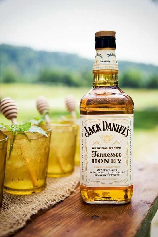 Jack Daniels Tennessee Honey for a signature cocktail!