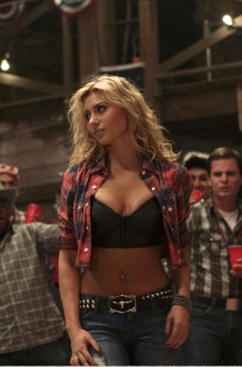 ( CELEBRITY WOMAN 2016 ★ ALYSON MICHALKA ) ★ Alyson Renae Michalka -Saturday, March 25, 1989 - 5' 8'' - Torrance, California, USA.