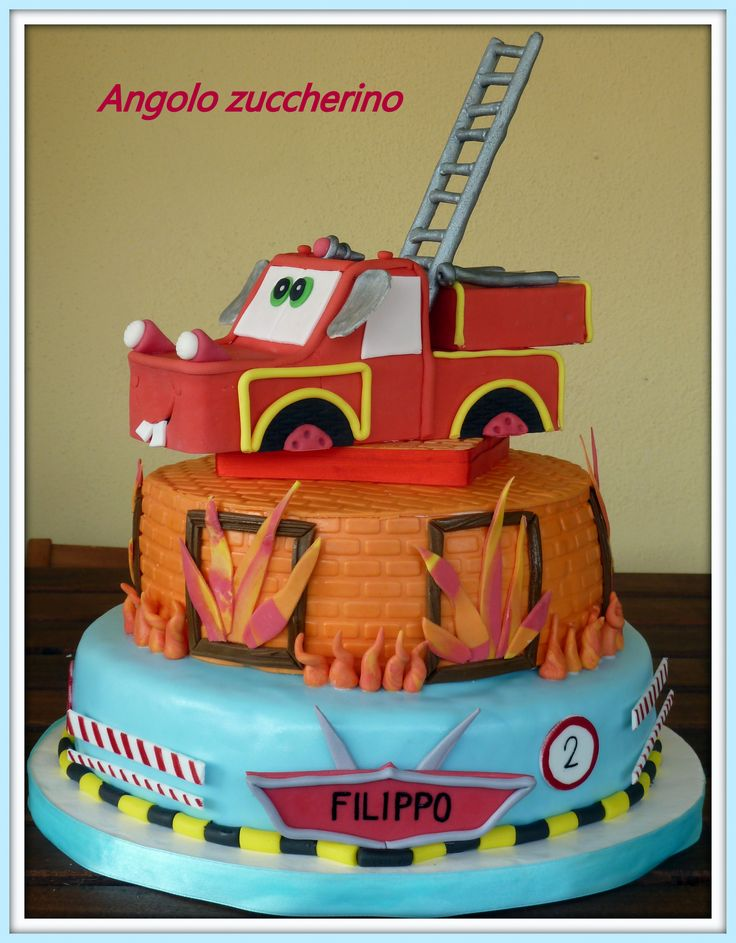 Torta cars con cricchetto pompiere