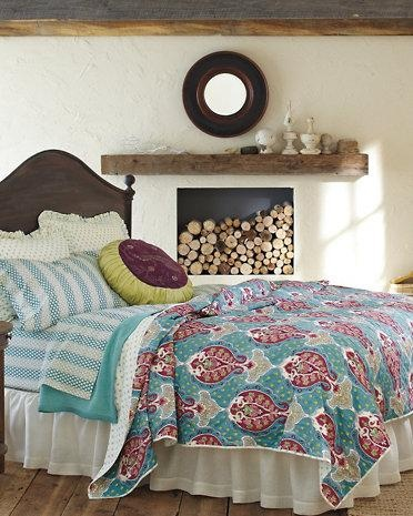 Home Quilts Coverlets And Pink On Pinterest