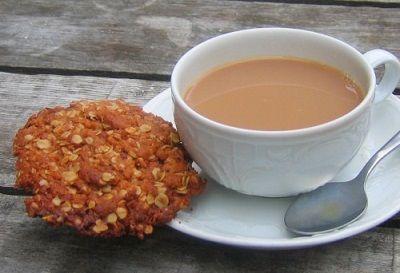 Чай по-татарски со сливками.