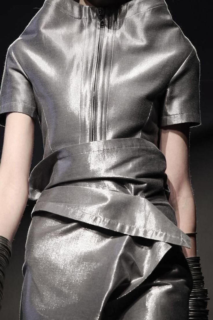 Peachoo Krejberg Ready to Wear Spring Summer 2014 ParisReady To Wear, Pewter Platinum, Fashion Metals, Fashion Details, Krejberg Ready, 2014 Paris, Fashion Union, Peachoo Krejberg, Cyberpunk Fashion