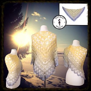 Taivas - free crochet shawl pattern in German with charts by Jasmin Räsänen.