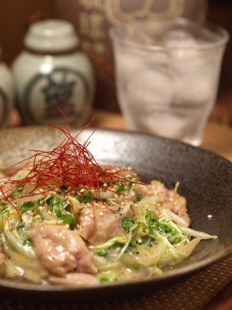 せせりと貝割れ菜のコクとろ炒め|魚料理と簡単レシピ せせり貝割れ菜コクとろ炒めa07
