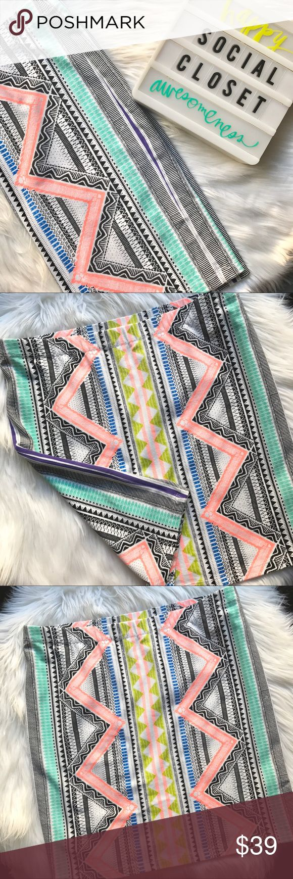 SPORTSGIRL Aztec print skirt Stand out in the crowd with this Aztec print skirt in FUN, BRIGHT colors! Purchased in Australia and wore to a beach event in Sydney...it was perfect!!💋 Worn once, like new✨ Sportsgirl Skirts