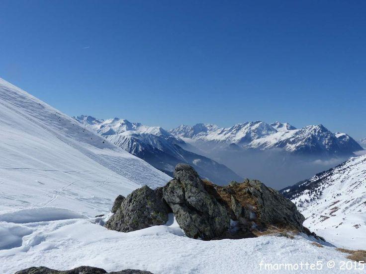12 mars 2015 grand beau. Carte 25 000 IGN Le Bourg d'Oisans l'Alpe d'Huez 3335 ET D�part Le Collet 1400 m�tres apr�s la Vilette de Vaujany. D�nivel� 700 m�tres. Jolie course d'initiation de ski de rando d�nomm�e parfois :