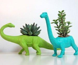 dinosaur-planters
