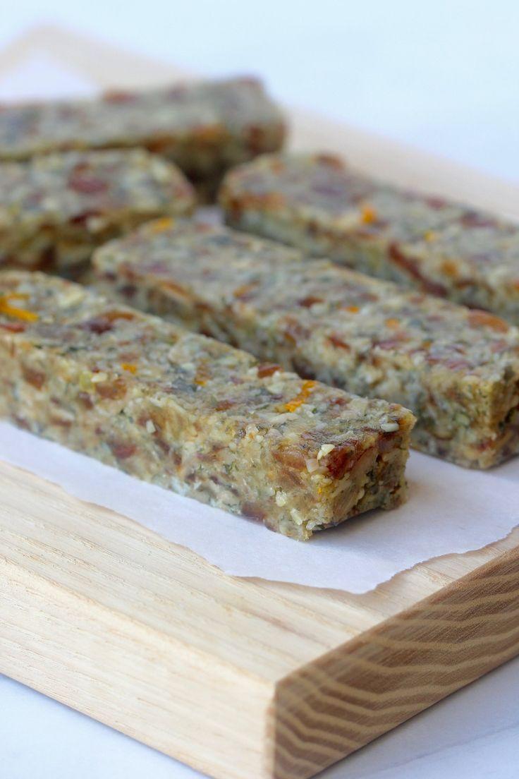 SUPER SEEDED SNACK BARS - 10 ingredients, 1 bowl, 15 minutes - #vegan #dairyfree #nutfree #sugarfree #glutenfree #eggfree #healthy #snack #recipe #begoodorganics