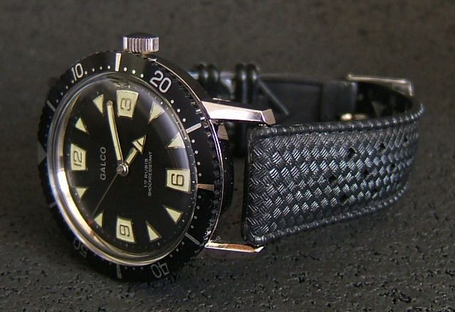 VINTAGE DIVERS WATCHES | NOS Galco 1960s Vintage Dive Watch