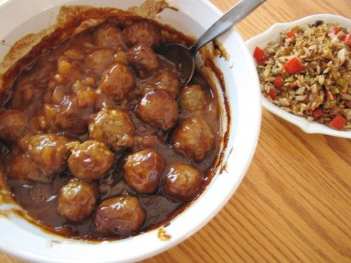 Meatballs are always the go-to item at my family get togethers! Hawaiian BBQ Meatballs
