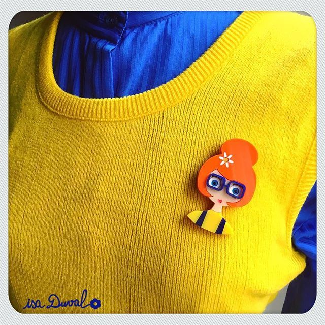 MondayISA  brooch is on www.isaduval.com and Etsy#isaduval #isaduval_paris #acrylicbrooch #plasticjewellery #lasercutjewellery #handmade #madeinparis #broochcollection #broochshop #broochdesign #broochcollector #gingerhair #orange #vintagestyle #vintagefashion #vintagegirl #happylife
