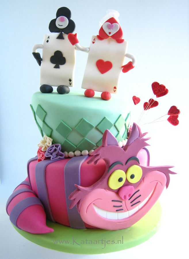 I made this wedding cake for a couple who adored the cheshire cat! I really had a lot of fun making this cake. Got a lot of ideas from the internet, so thanks everybody for the inspiration!