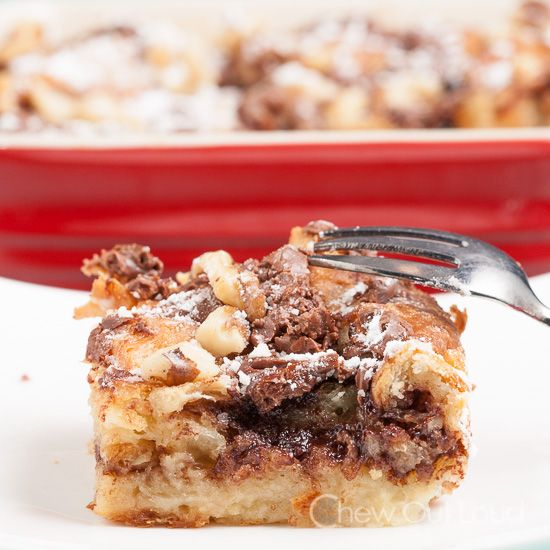 Nutella Bread Pudding {+Giveaway!} - The BEST bread pudding we've eaten in a long time.  Easy & quick.