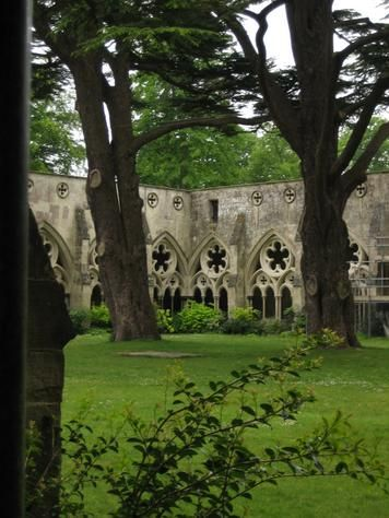 Salisbury Cathedral Cloisters - Salisbury Cathedral, Salisbury, England ᘡղbᘠ